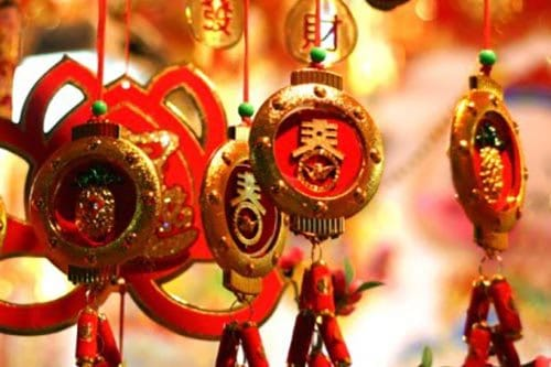 Celebrating Chinese New Year – History, Customs, and Foods