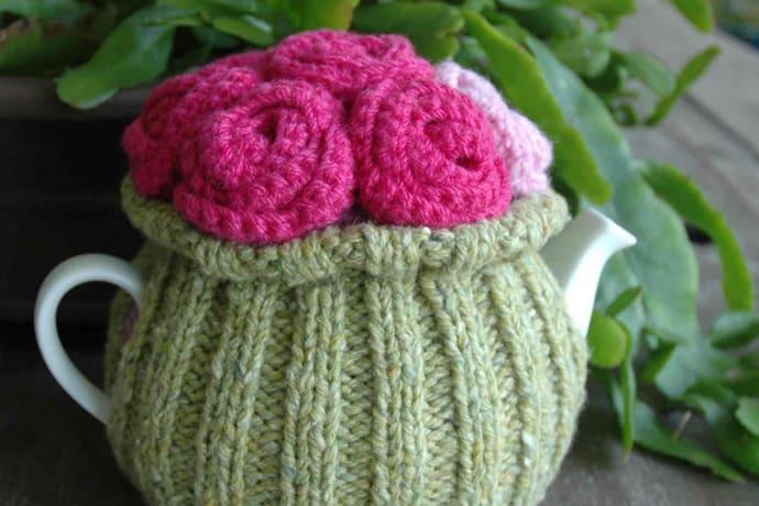 A Royal Rosy Posy Tea Cosy Knit Pattern