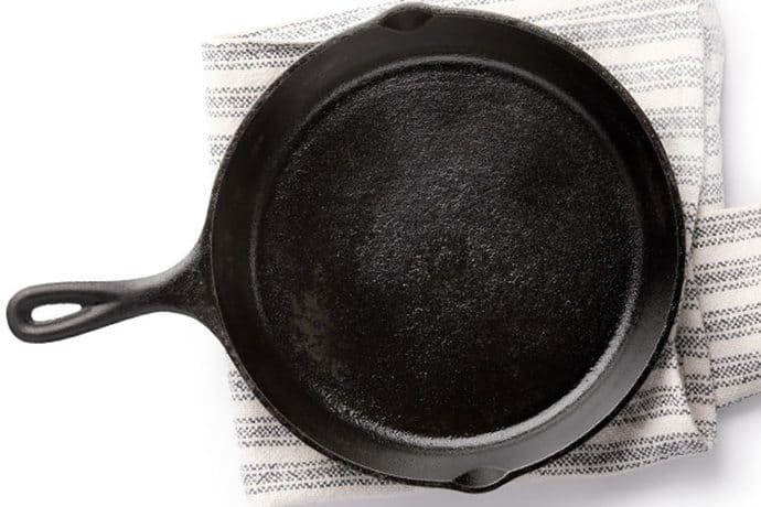 Keep your #1 kitchen essential in great shape! How to Season a Cast Iron Skillet | 31Daily.com