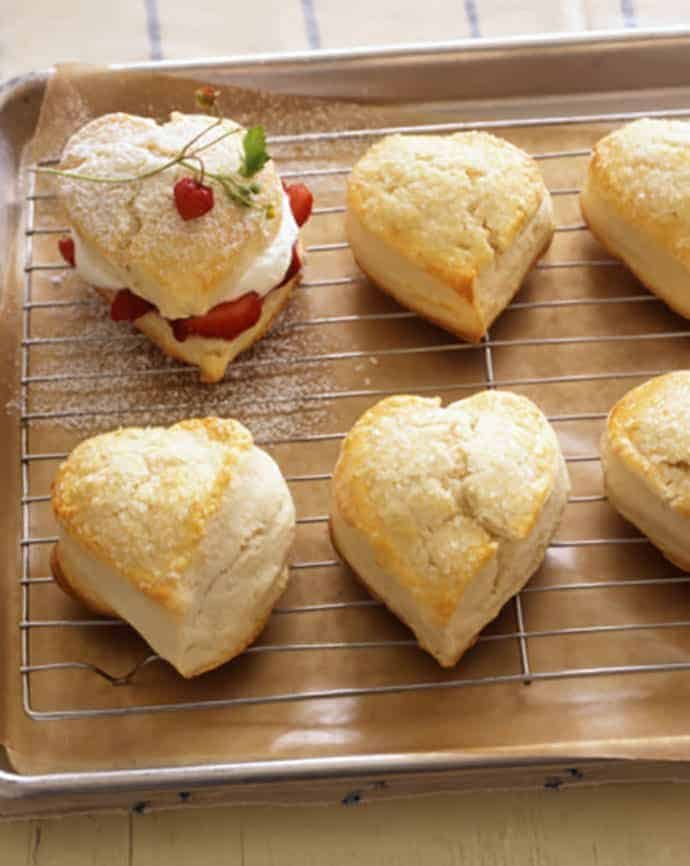 Heart-Shaped Valentine Strawberry Shortcakes | 31Daily.com