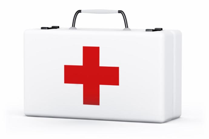 Compiling A Family First Aid Kit | 31Daily.com