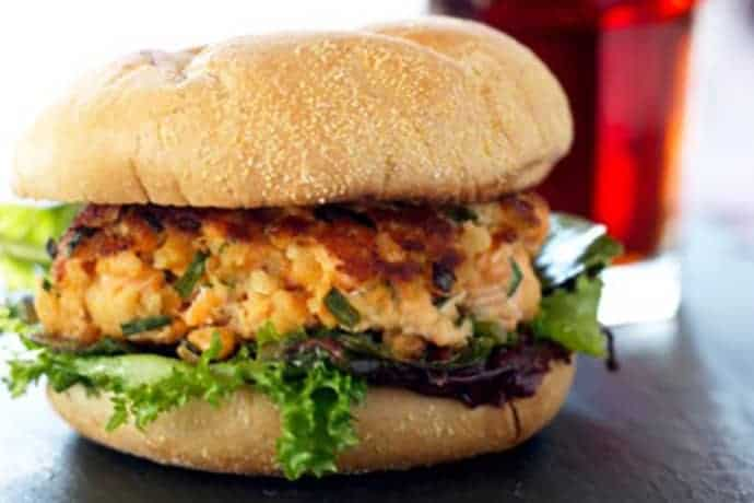 Easy Crispy Salmon Burgers in 15 Minutes or Less