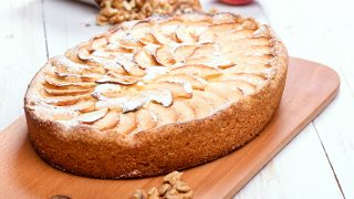 German Apple Kuchen