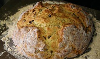 Irish Soda Bread with Buttermilk and Raisins | 31Daily.com