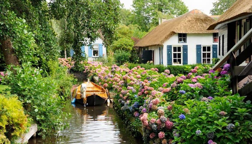 Dream Vacation Idea: Giethoorn