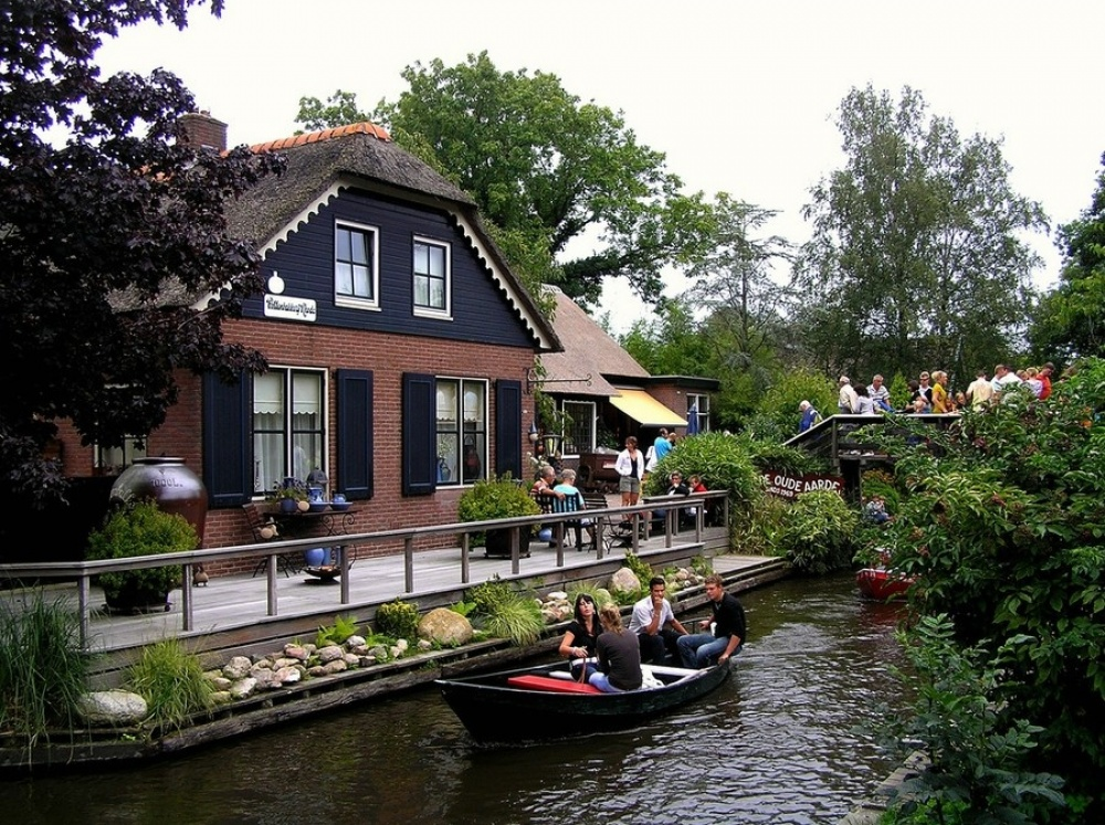 Dream Vacation: Giethoorn at 31Daily.com