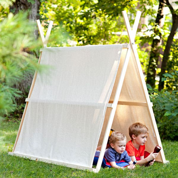 Give your kiddos a place to imagine create adventures and even relax with a little quiet time with these easy to DIY Kids Tents and Teepees. & DIY Kids Tents and Teepees - 31 Daily