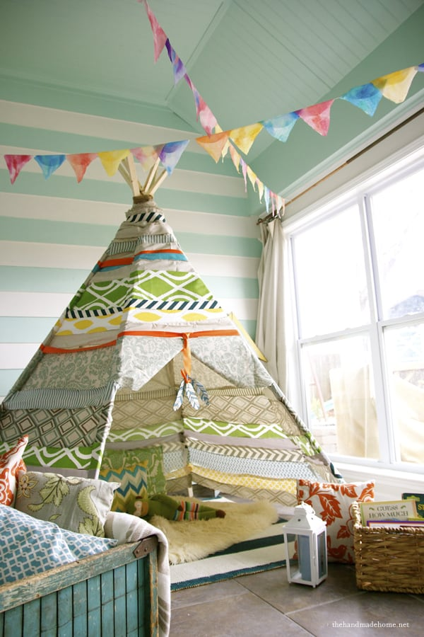 The-Handmade-Home-Porch-teepee