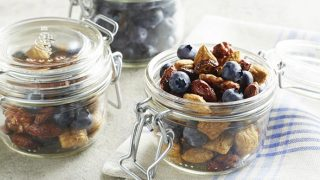 Spicy Blueberry Trail Mix