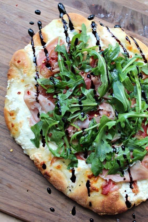Easy to Make at Home Garden Fresh Pizzas | 31Daily.com