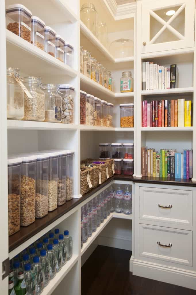 Easy Steps to an Organized Life in 31 Days - The Pantry (Day 6) | 31Daily.com