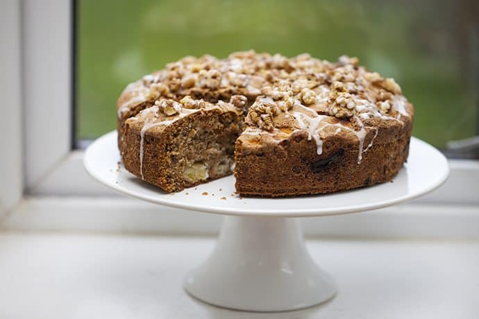 An Autumn Essential: Raw Apple Cake