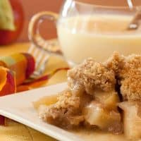 A Favorite Fall Classic: Slow-Cooked Apple Crisp | 31Daily.com