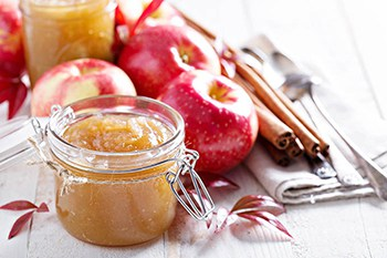 An Old-Fashioned Autumn Treasure: Slow Cooker Apple Butter | 31Daily.com