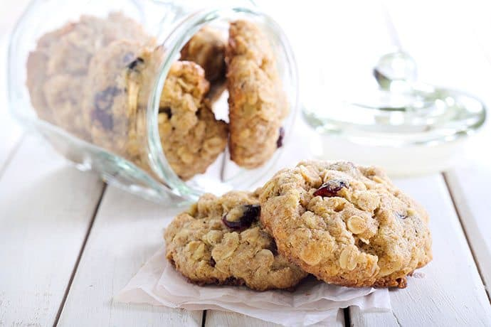 Cranberry Orange Pecan Oatmeal Cookies | 31Daily.com