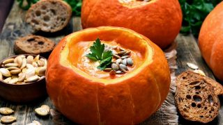 Autumnal Favorite: Pumpkin Curry Soup