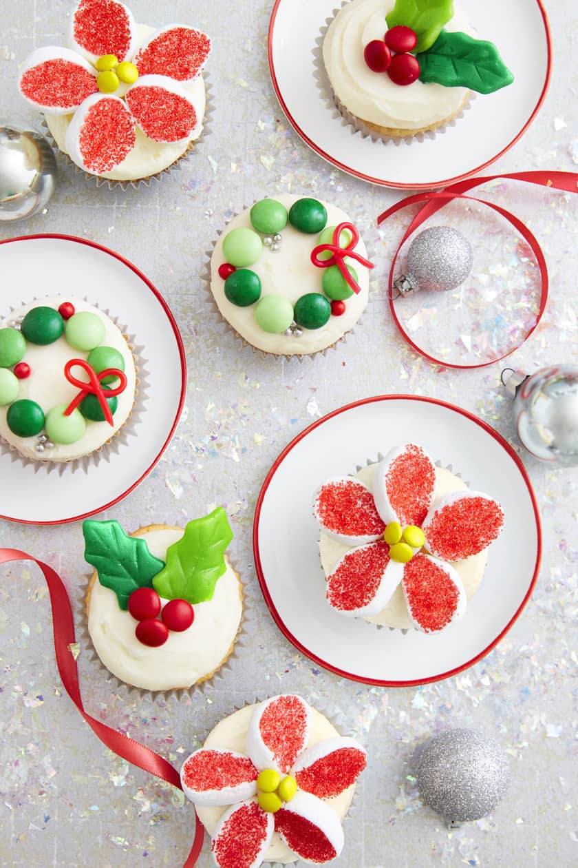Oh so delicious easy cakes of christmas 31 daily for Easy delicious christmas dessert recipes