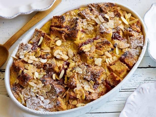 Festive Holiday Breakfast Inspirations to Make Christmas Morning | 31Daily.com