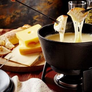 Cozy Fireside Treat: Cheddar Cheese and Cider Fondue | 31Daily.com