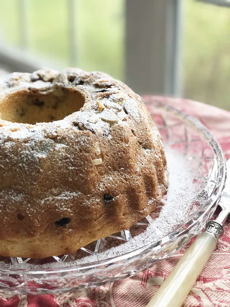 A Central Europe Sunday Cake: Easter Kugelhopf | 31Daily.com