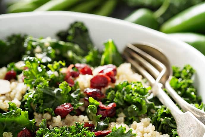 Healthy Fresh Kale Salad with Quinoa and Lemon Vinaigrette