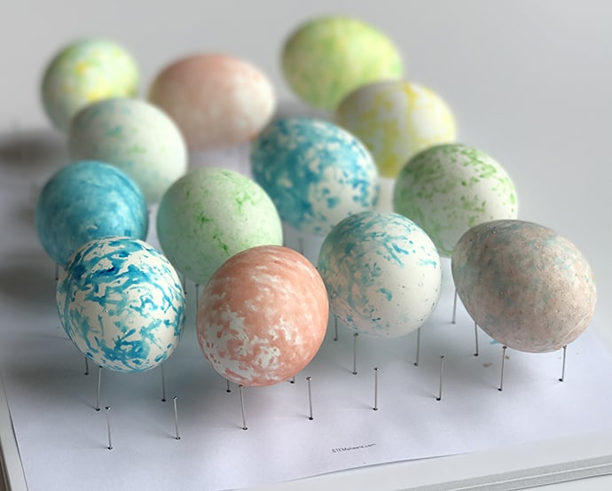 How to Make Speckled Easter Eggs | 31Daily.com