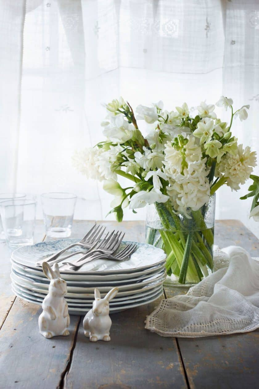 15 Gorgeous and Easy Spring Table Settings for Your Next Party - 31 ...