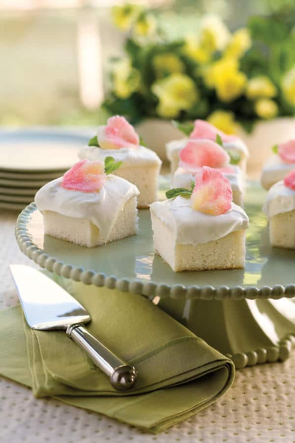 6 Deceptively Easy Desserts to Bring to a Spring Brunch   31Daily.com