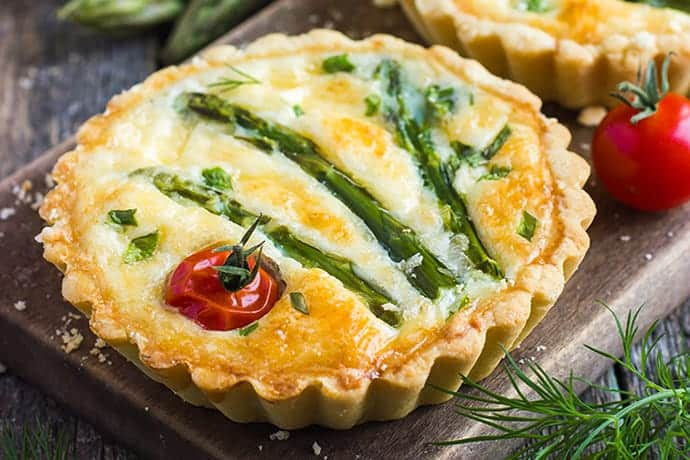Deliciously Easy Asparagus and Cheese Mini Tarts