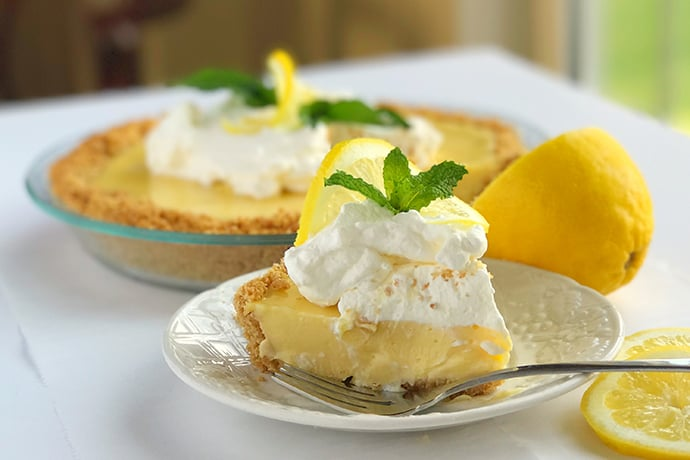 Simple Sweet and Zesty Lemon Icebox Pie | 31Daily.com