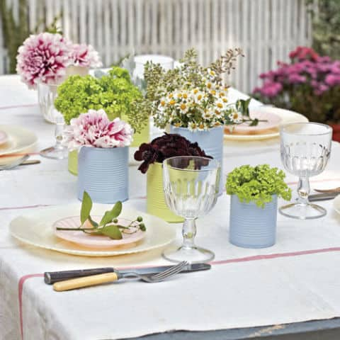 15 Gorgeous and Easy Spring Table Settings for Your Next Party | 31Daily.com & 15 Gorgeous and Easy Spring Table Settings for Your Next Party - 31 ...
