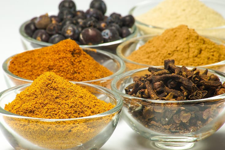 You know what's great? When you look at a list of super healthy high antioxidant foods and find that at least 2 of them seem like guilty pleasures! 5 Top Foods and Spices to Up Daily Antioxidants | 31Daily.com