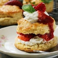 A Classic Strawberry Shortcake Made Easy | 31Daily.com