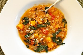 Longevity Ikarian Stew with Black Eyed Peas and Kale | 31Daily.com