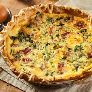 Easy Bacon Cheese And Spinach Quiche 31 Daily