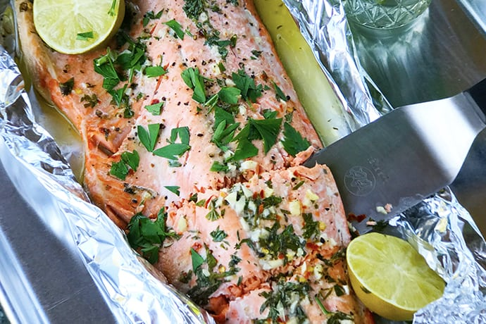 Easy Foil Wrapped Salmon in Lime Garlic Butter Sauce