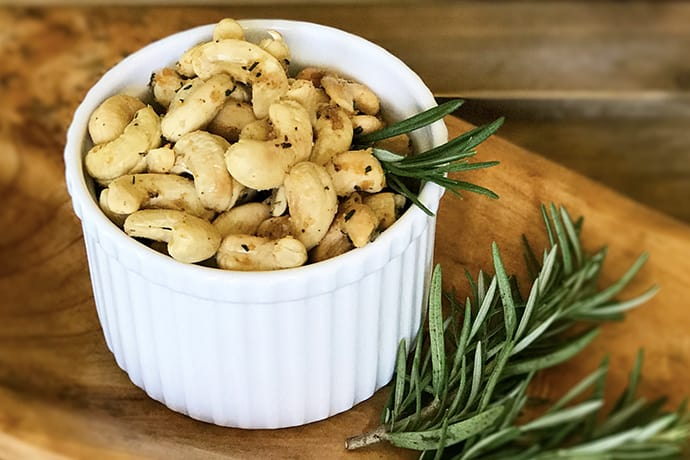 Quick and Easy Rosemary Spiced Cashews