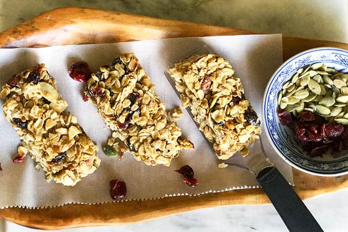 Easy Homemade Harvest Granola Bars