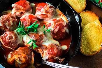A New Favorite: Lean Skillet Meatballs | 31Daily.com