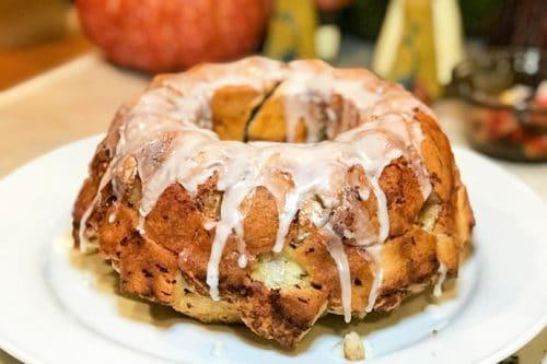 Maple Apple Cinnamon Monkey Bread | 31Daily.com