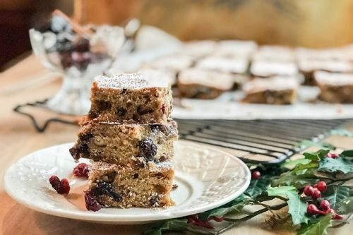 Holiday Fruitcake Bars with Figs and Plums | 31Daily.com