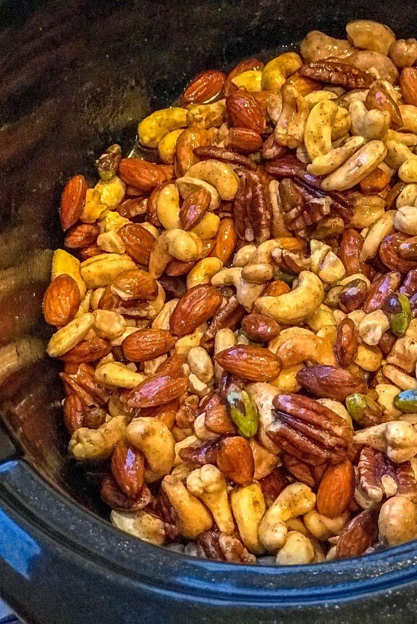 Mixed nuts in the slow cooker