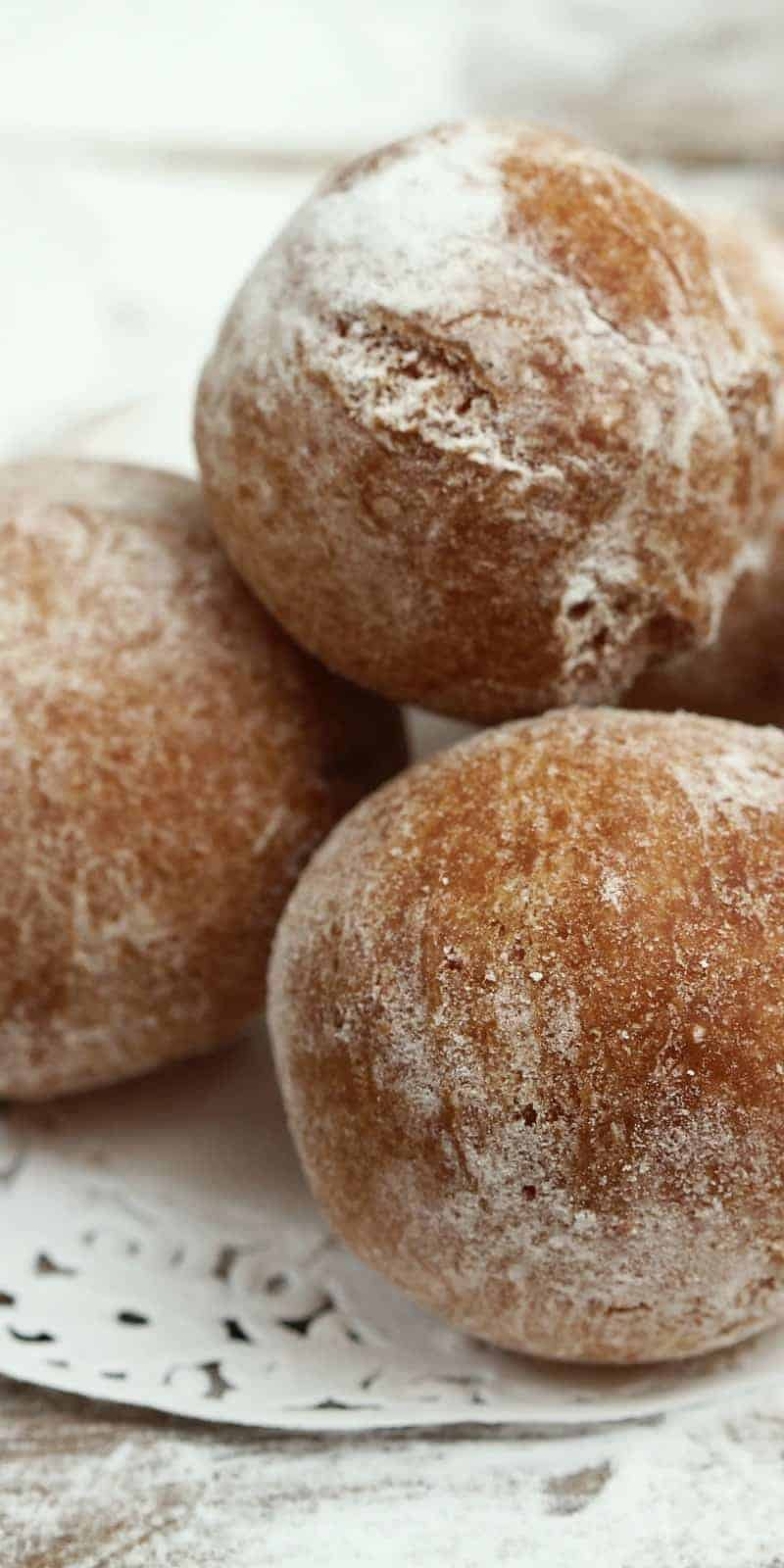Healthier Cinnamon Sugar Baked Doughnut Holes   31Daily.com