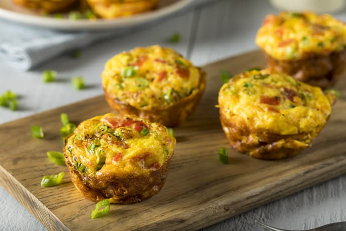 Muffin Tin Quiche with Spinach, Tomato and Bacon