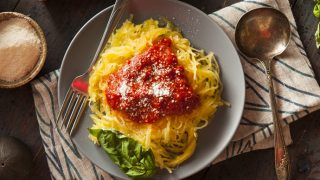 Spaghetti Squash with Simple Marinara Sauce: Easy, Healthy and Meatless