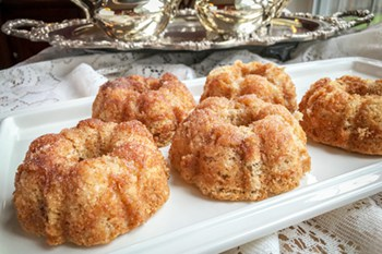 First Lady Dolley Madison's Woodbury Cinnamon Teacakes | 31Daily.com