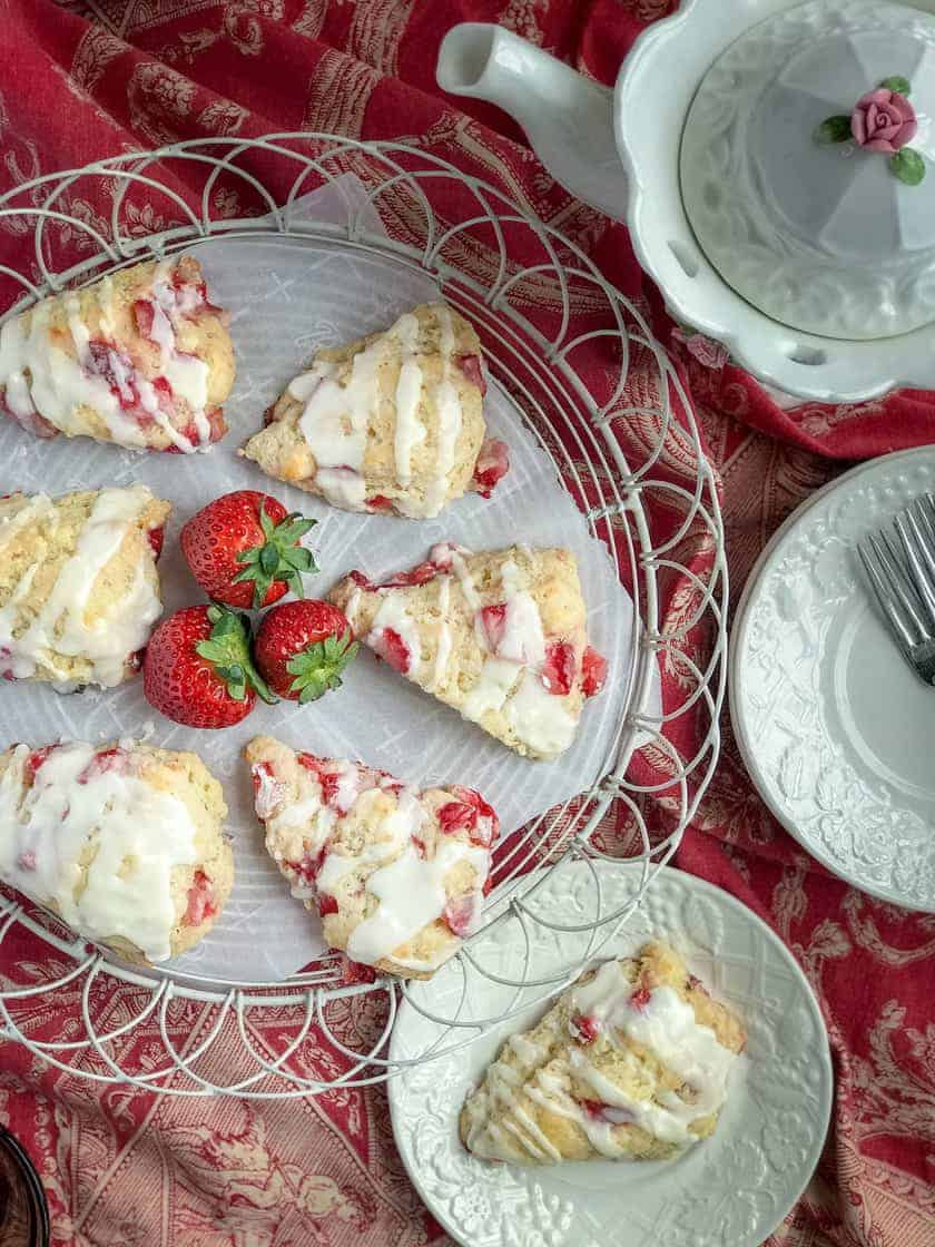 Buttermilk Strawberry Scones and a Virtual Baby Shower | 31Daily.com