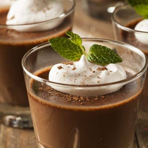 Easy 5 Minute Irish Mint Chocolate Mousse | 31Daily.com