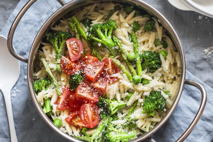 Orzo Primavera with Lemon, Asparagus, Broccoli, and Cherry Tomatoes | 31Daily.com