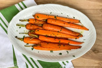 Roasted Carrots with Parsley and Thyme | 31Daily.com